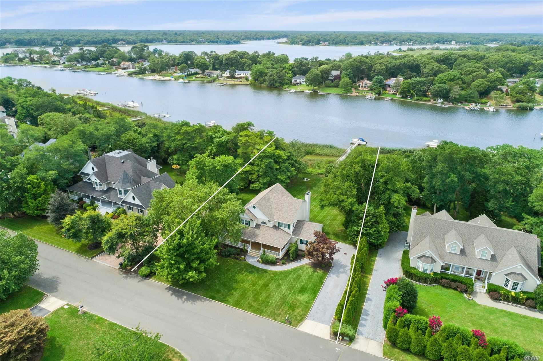 Residential For Sale in 24 Egret Way, Center Moriches, NY ,11934