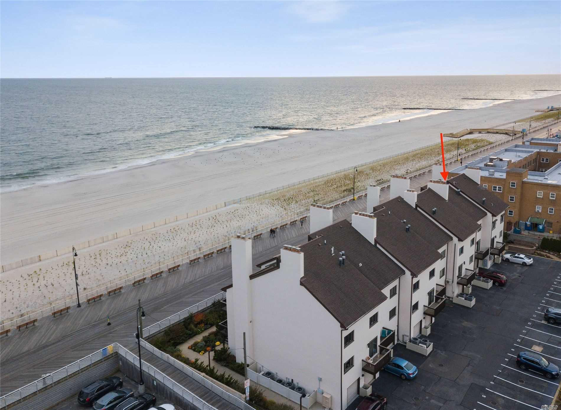 Condominium for sale in 625 Oceanfront Street, Long Beach, NY ,11561