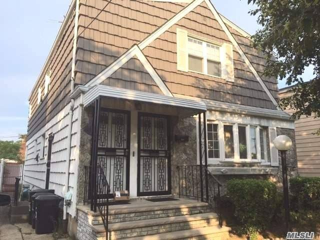 Residential For Sale in 120-55 200th St, St. Albans, NY ,11412