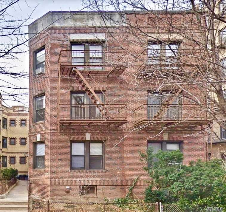 Commercial for sale in 43-16 42 St, Sunnyside, NY ,11104