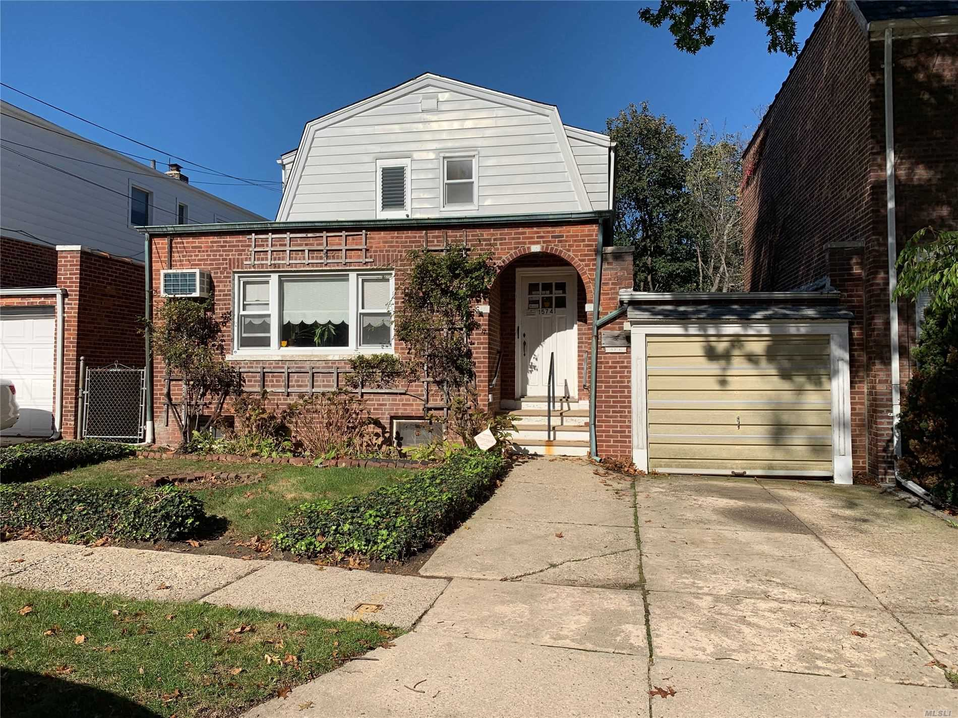 Residential For Sale in 157-41 9th Ave, Beechhurst, NY ,11357