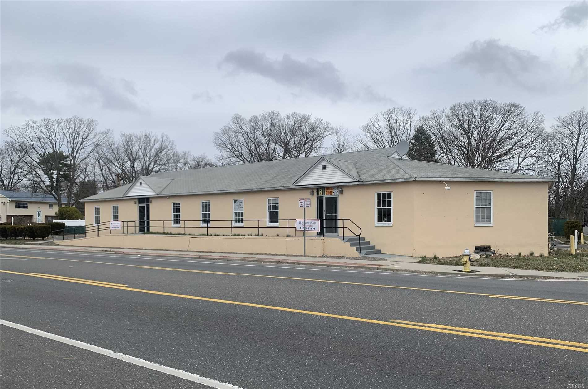 Commercial for sale in 207 Bay Shore Rd, Deer Park, NY ,11729