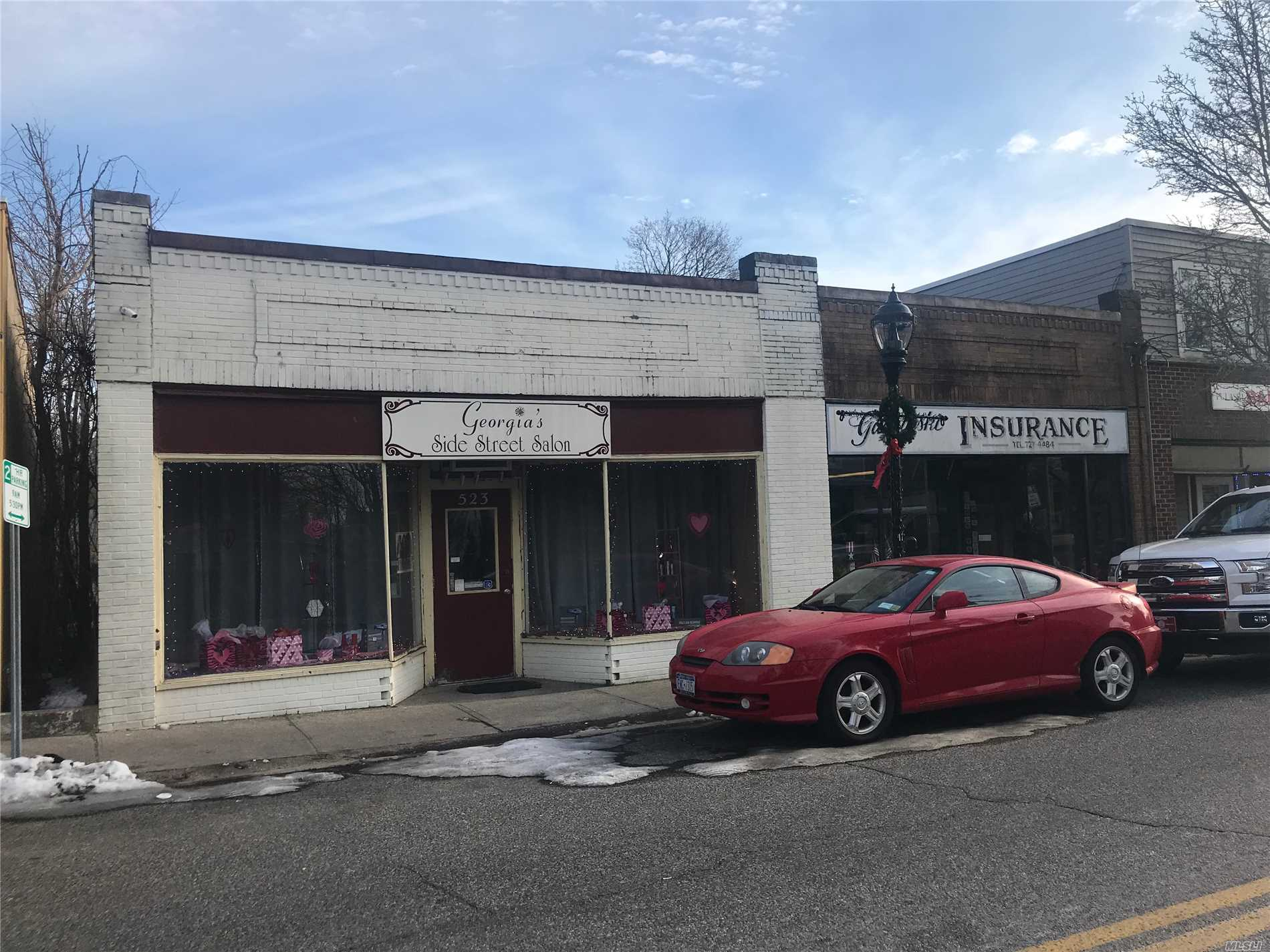 Commercial for sale in 523 Pulaski St, Riverhead, NY ,11901