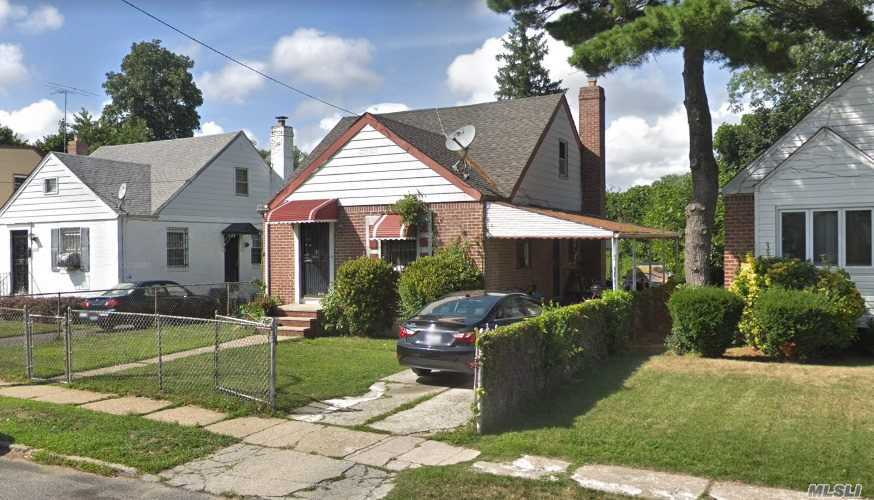 Residential For Sale in 223-09 130th Ave, Laurelton, NY ,11413