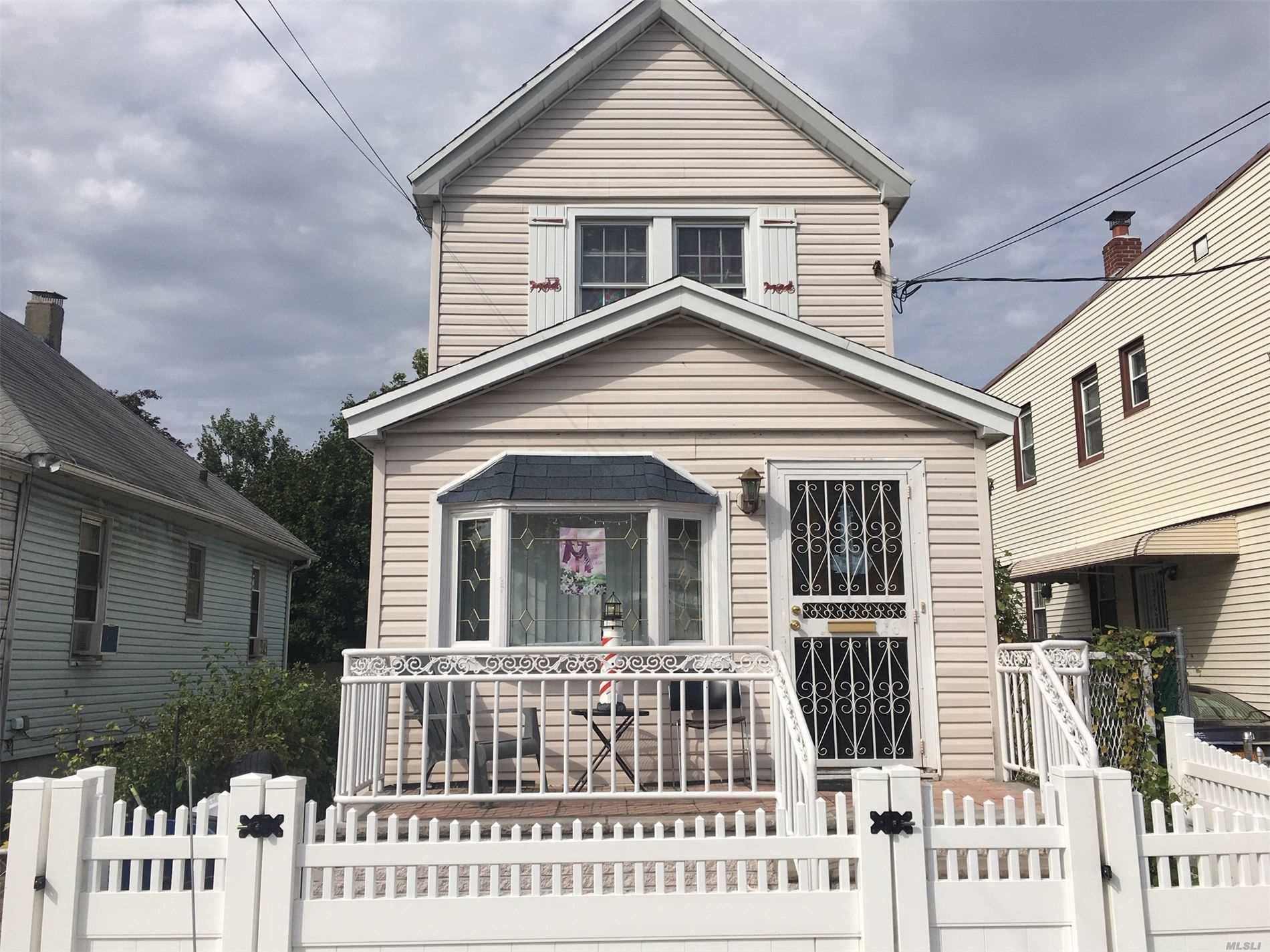 Residential For Sale in 130-26 127th St, Wakefield, NY ,11420