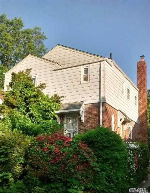 Residential For Sale in 206-43 Whitehall Ter, Queens Village, NY ,11427