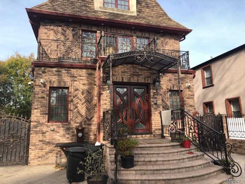 Residential For Sale in 179-15 80Rd, Jamaica Estates, NY ,11432