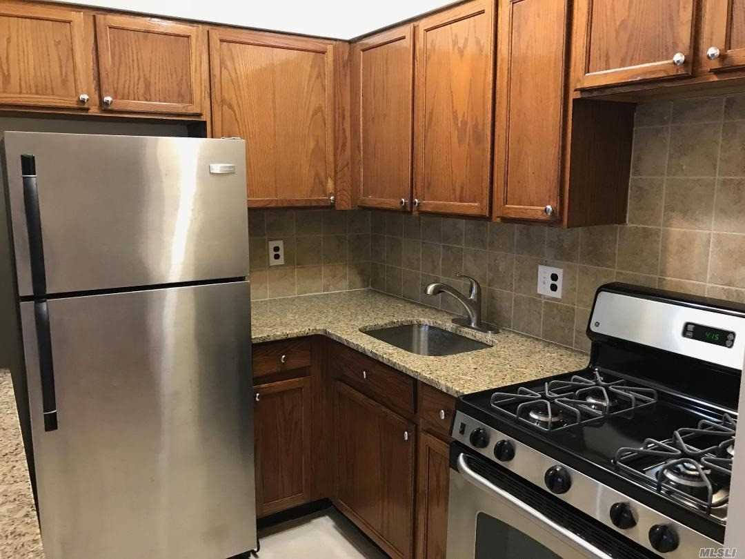 Residential For Rent in 33-67 13 St, Long Island City, NY ,11106