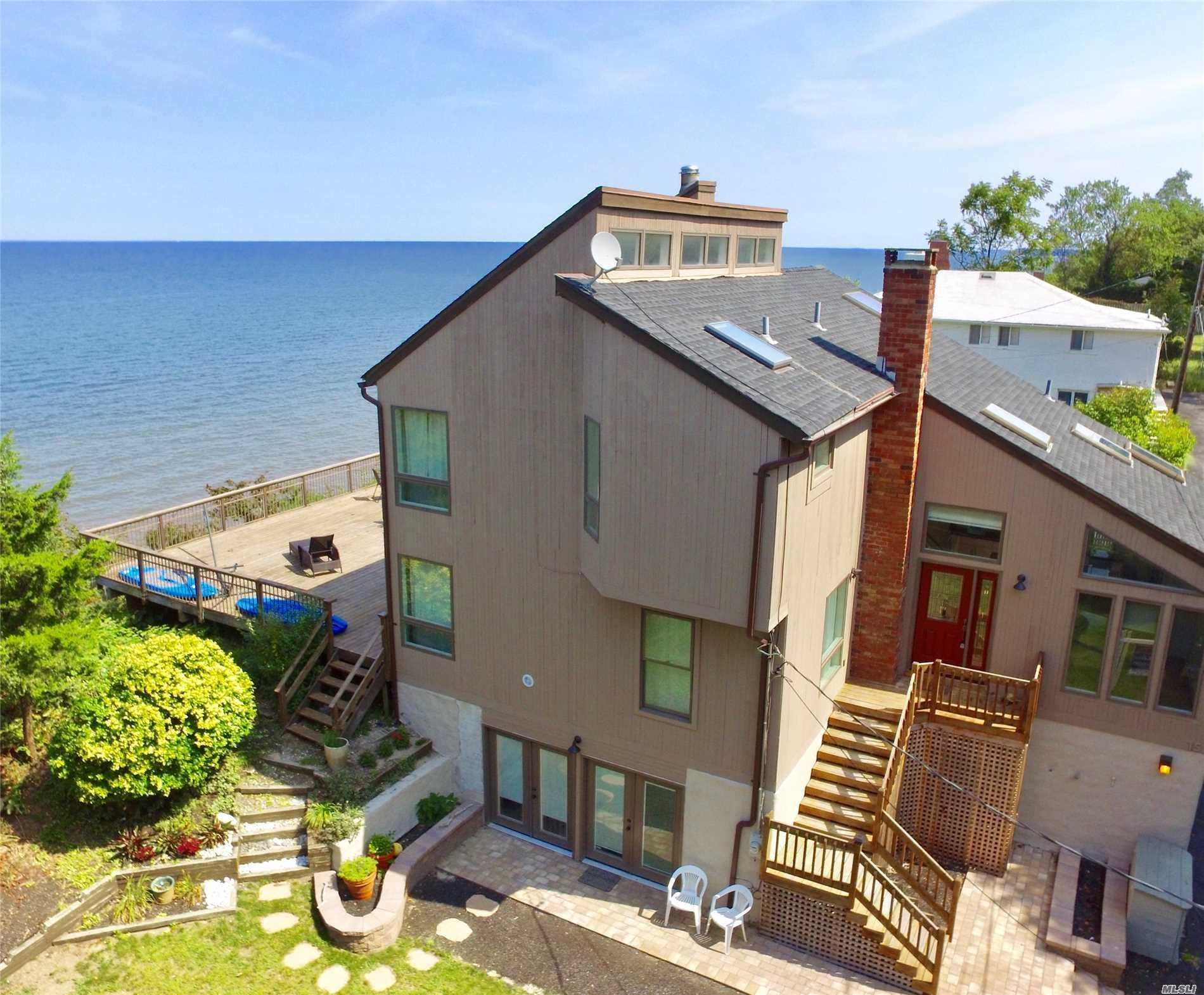 Residential For Sale in 15 Clifton Ave, Rocky Point, NY ,11778