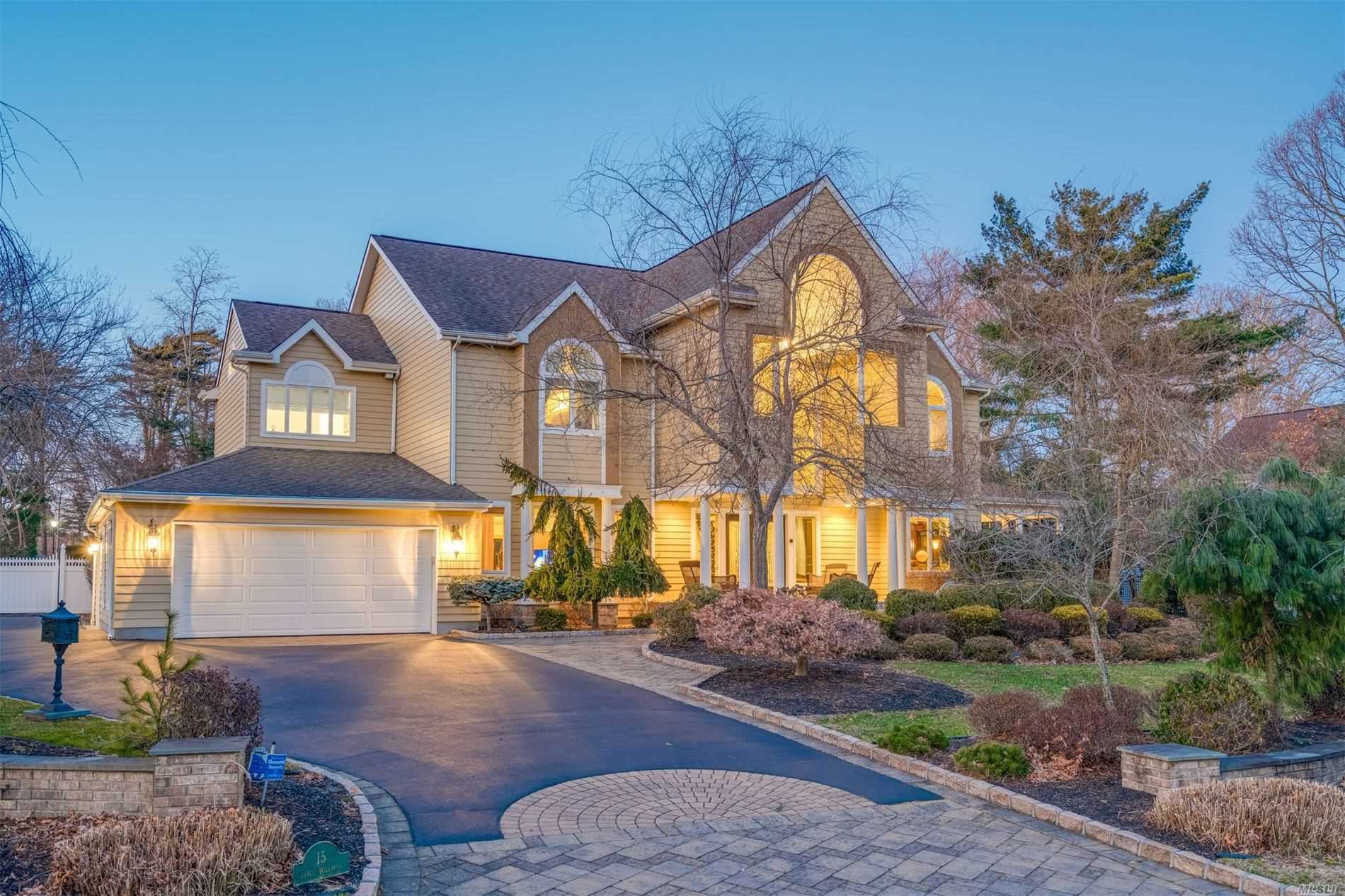 Residential For Sale in 15 Percy Williams Drive, East Islip, NY ,11730