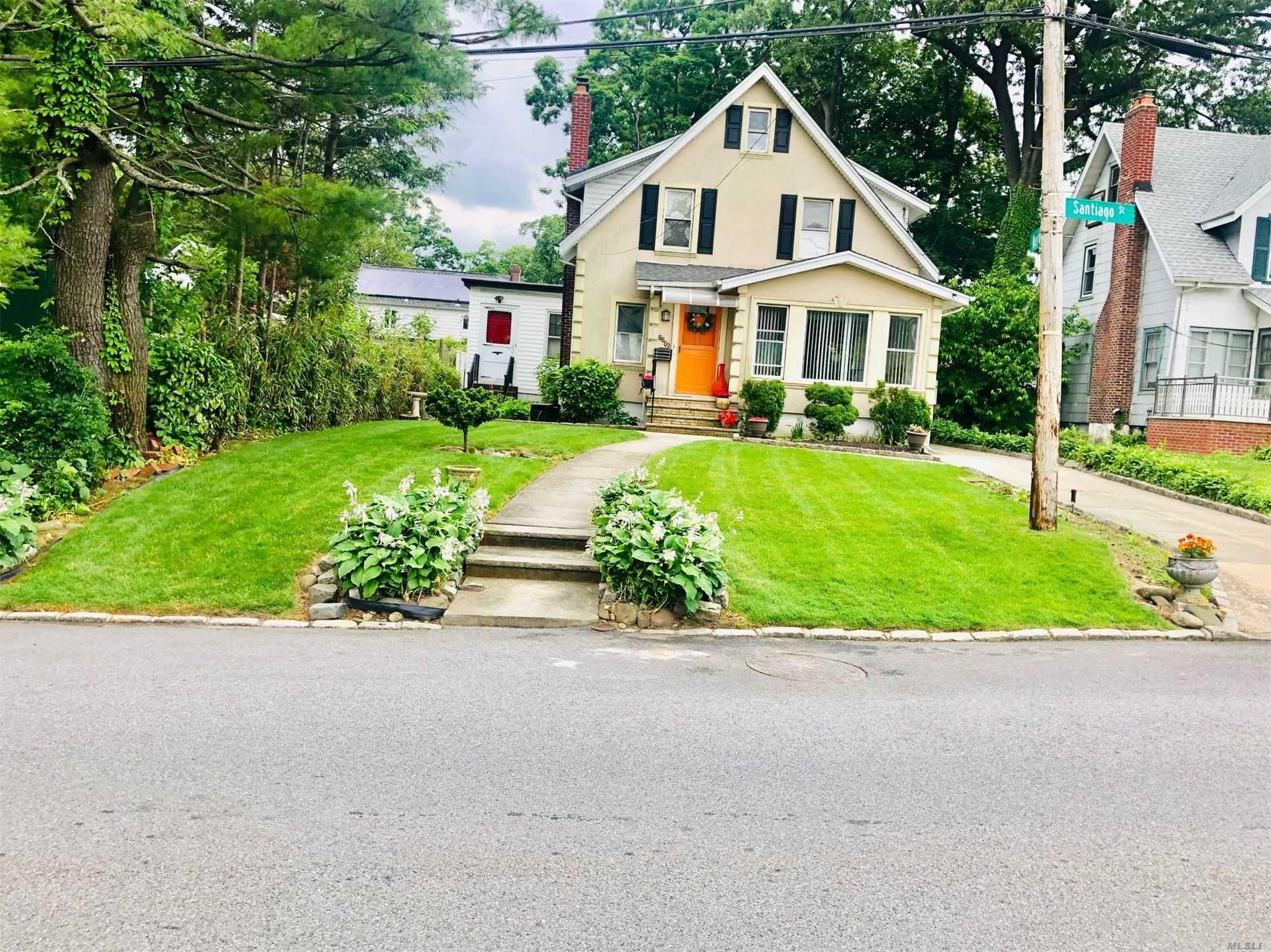 Residential For Sale in 86-02 Santiago St, Holliswood, NY ,11423