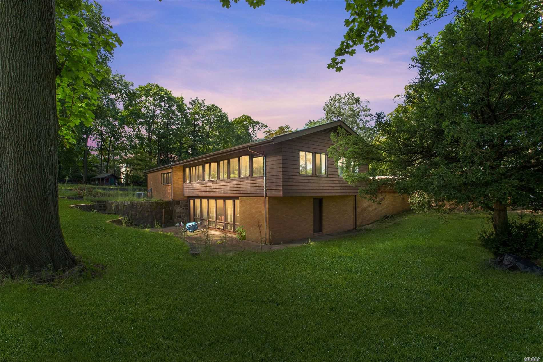 Residential For Sale in 123 Hilton Ave, Garden City, NY ,11530