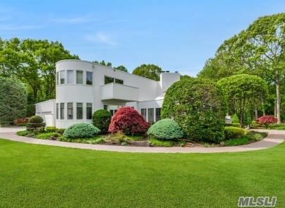 Residential For Sale in 83 Cliff Rd, Belle Terre, NY ,11777