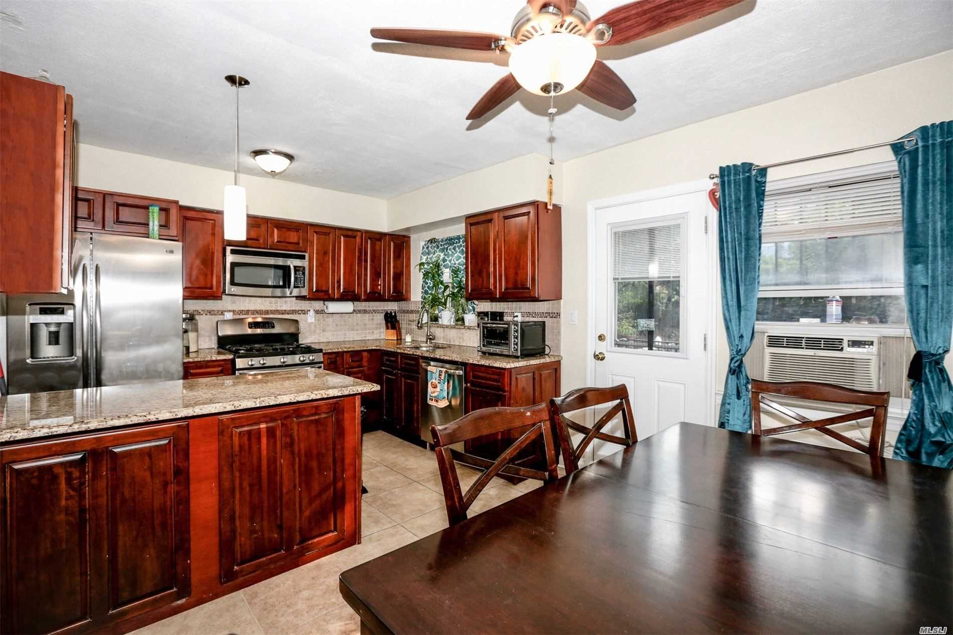 Residential For Sale in 3303 Eastchester Rd, Out Of Area Town, NY ,10469