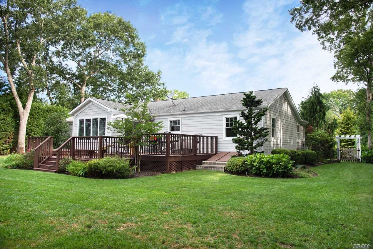 Residential For Sale in 19 Howell Pl, Speonk, NY ,11972
