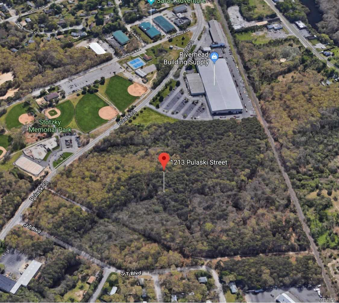 Commercial for sale in 1213 Pulaski St, Riverhead, NY ,11901