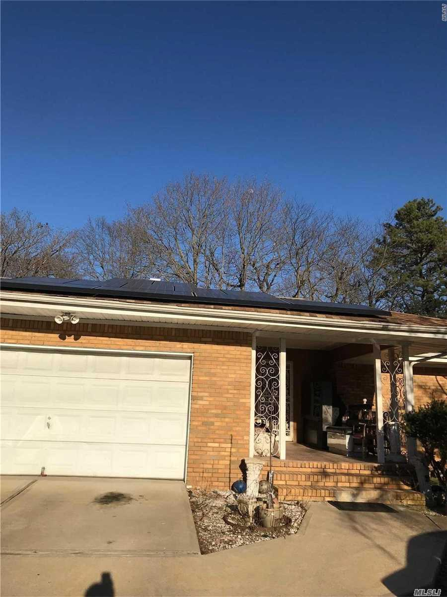 Residential For Sale in 865 Ferndale Blvd, Central Islip, NY ,11722
