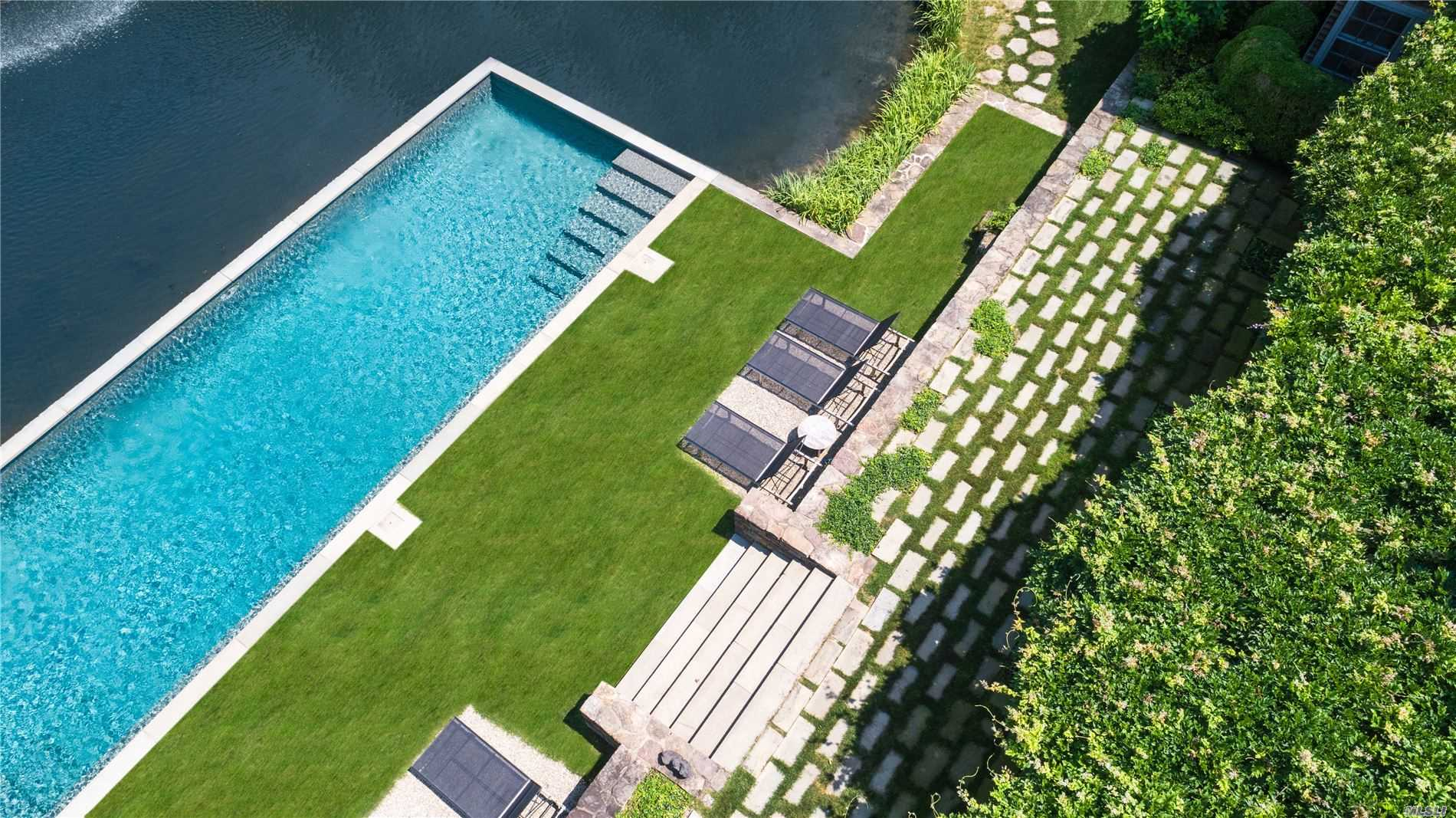 Residential For Sale in 300 Sagaponack Rd, Bridgehampton, NY ,11932