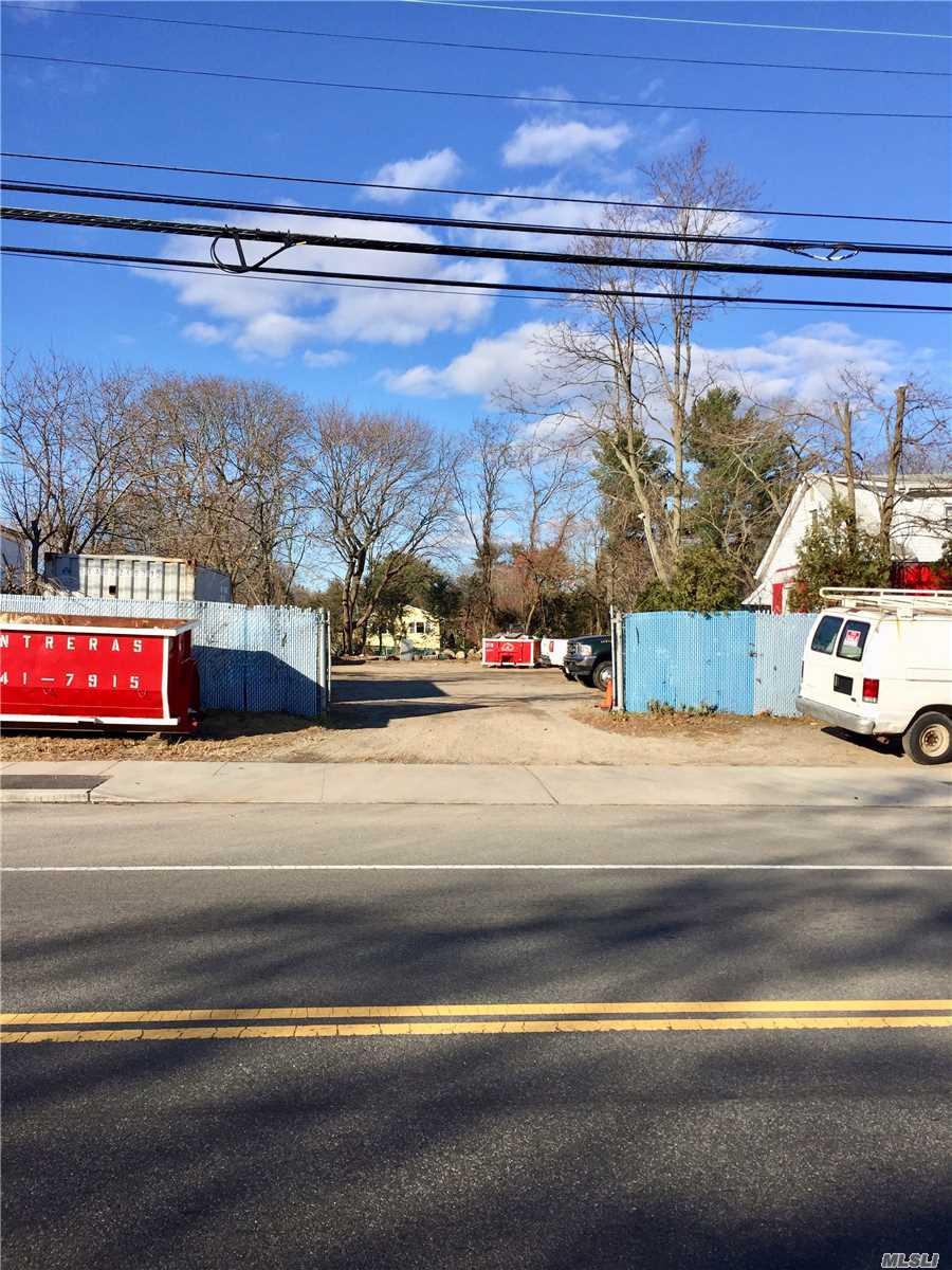Commercial for sale in 105 & 109 Suffolk W Ave, Central Islip, NY ,11722