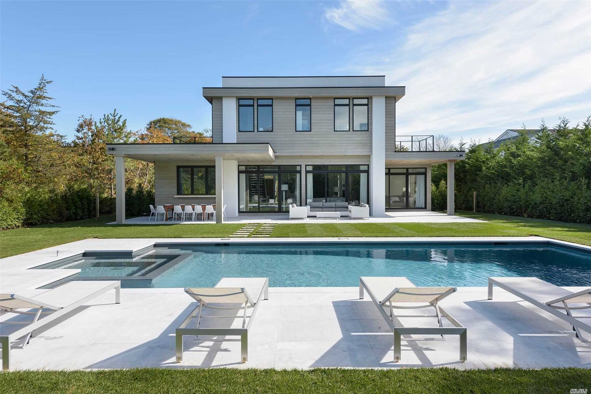 Residential For Sale in 180 Bluff Rd, Amagansett, NY ,11930