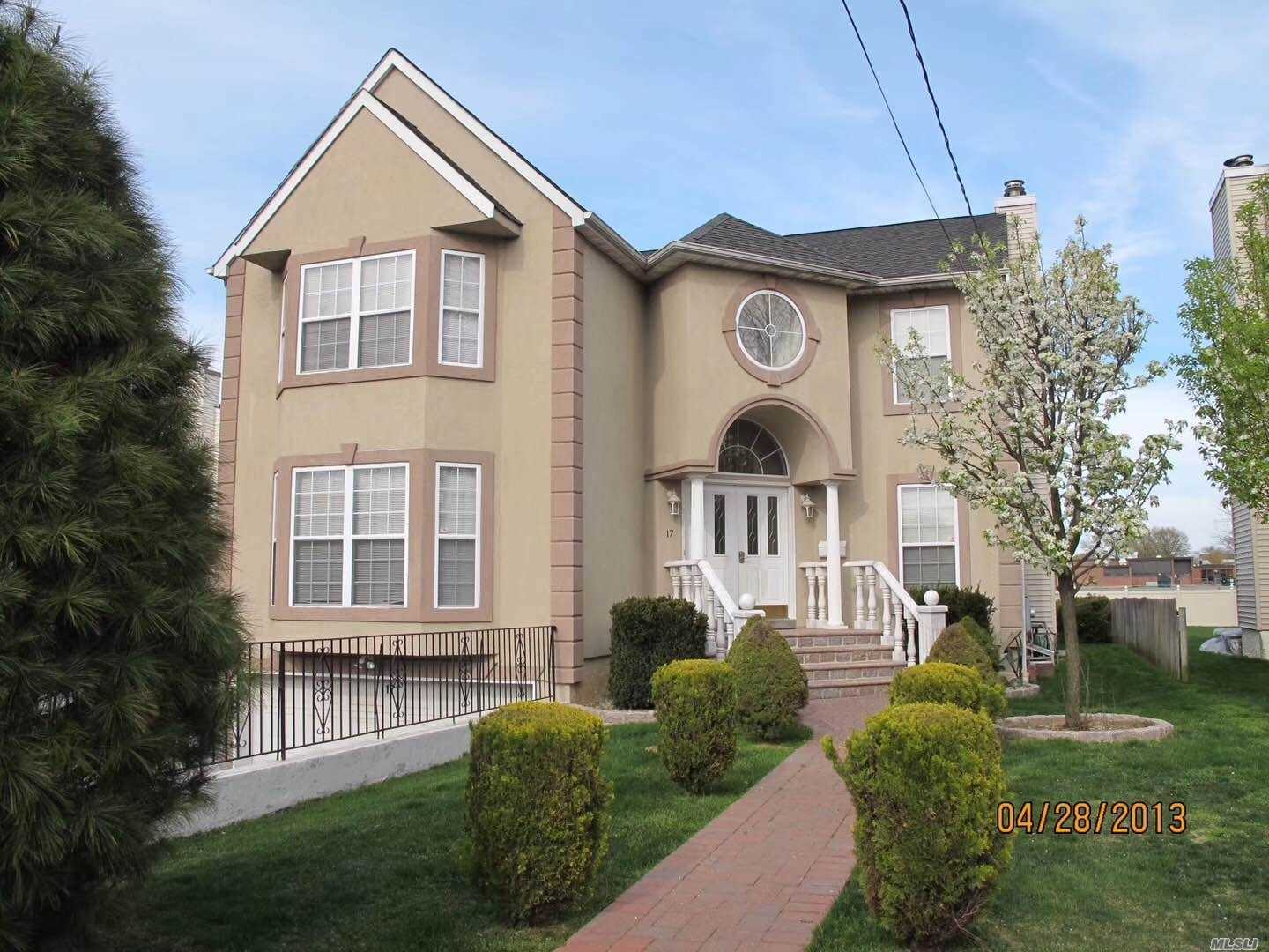 House for sale Williston Park, NY 17 Herricks Road