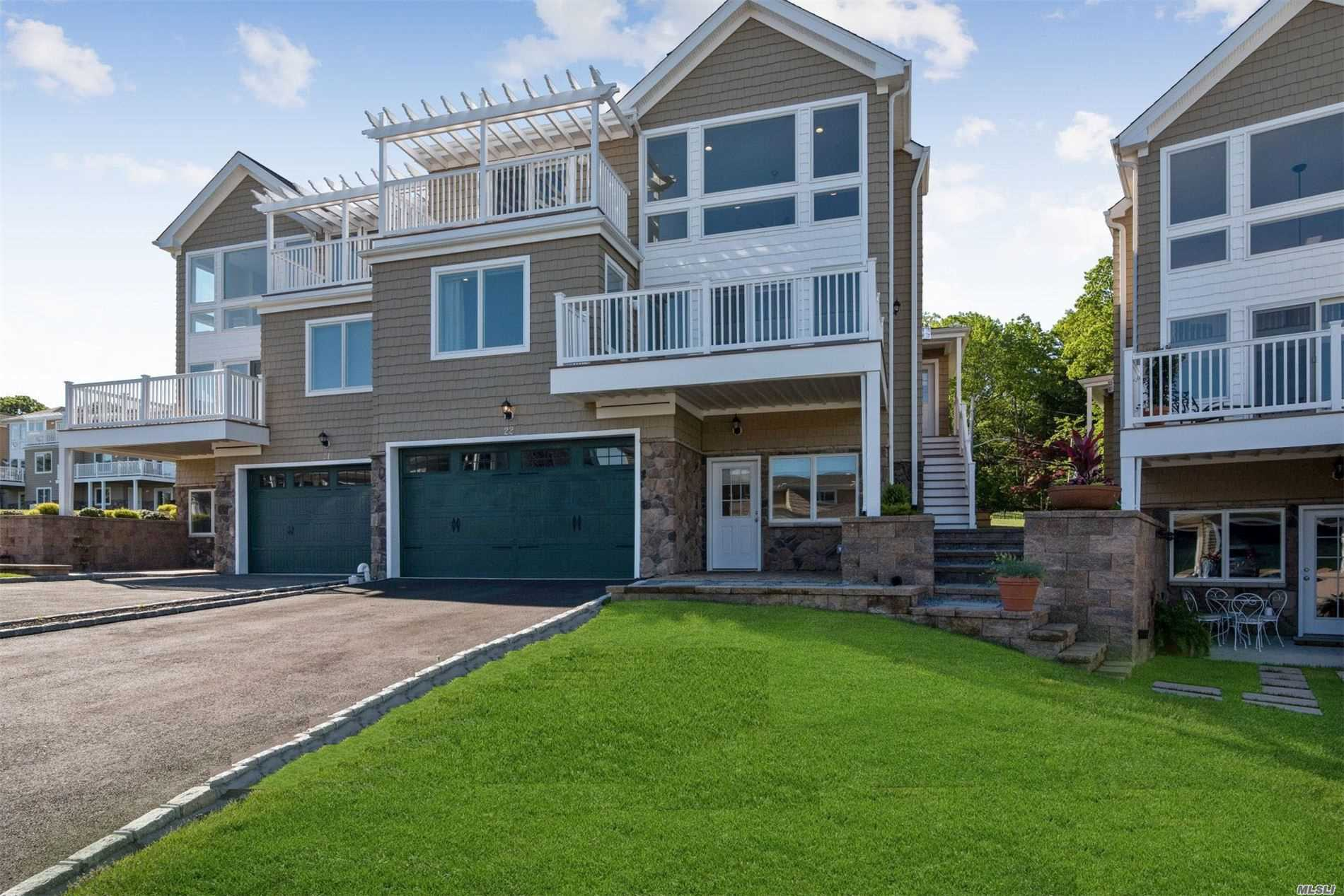 Condominium for sale in 22 Theresa Ln, Port Jefferson, NY ,11777