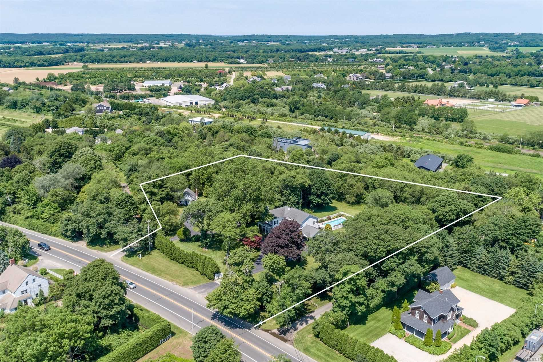 Residential For Sale in 1728 Montauk Highway, Water Mill, NY ,11976