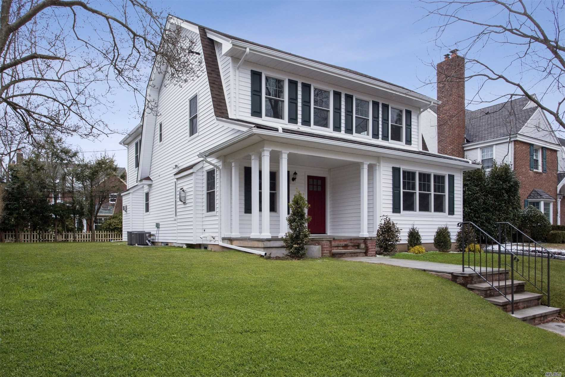 Residential For Sale in 154 Roxbury Rd, Garden City, NY ,11530