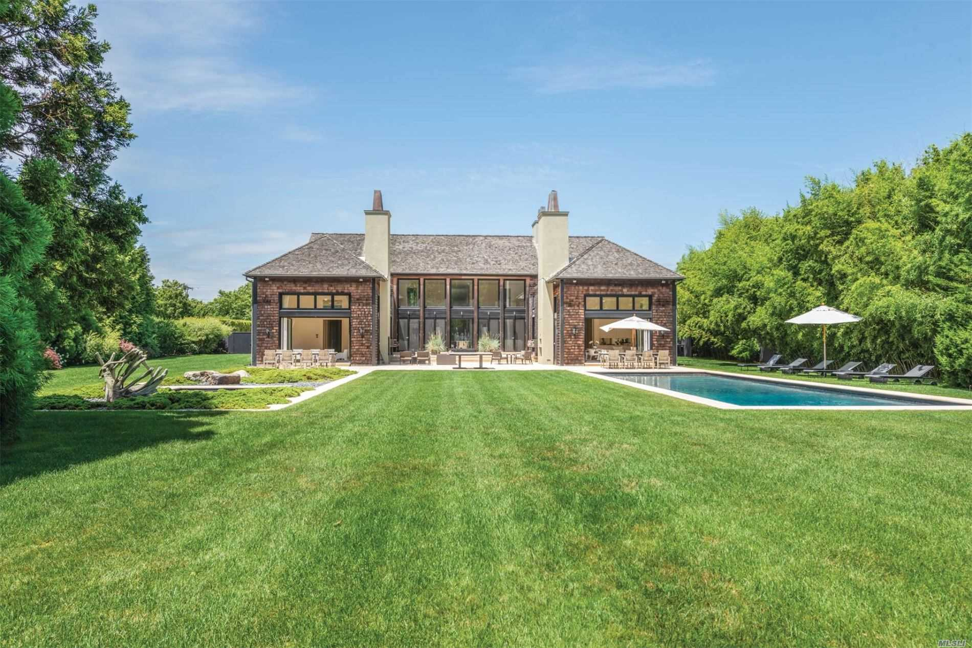 Residential For Sale in 633 Hedges Lane, Sagaponack, NY ,11962