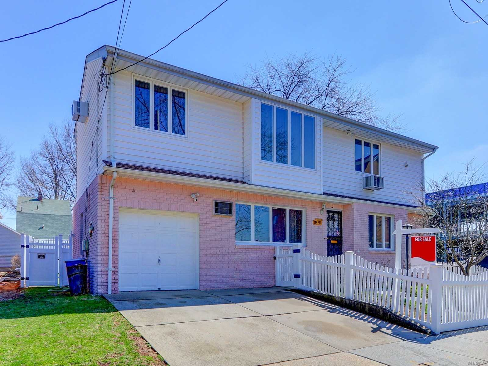 Residential For Sale in 87-91 257th St, Floral Park, NY ,11001