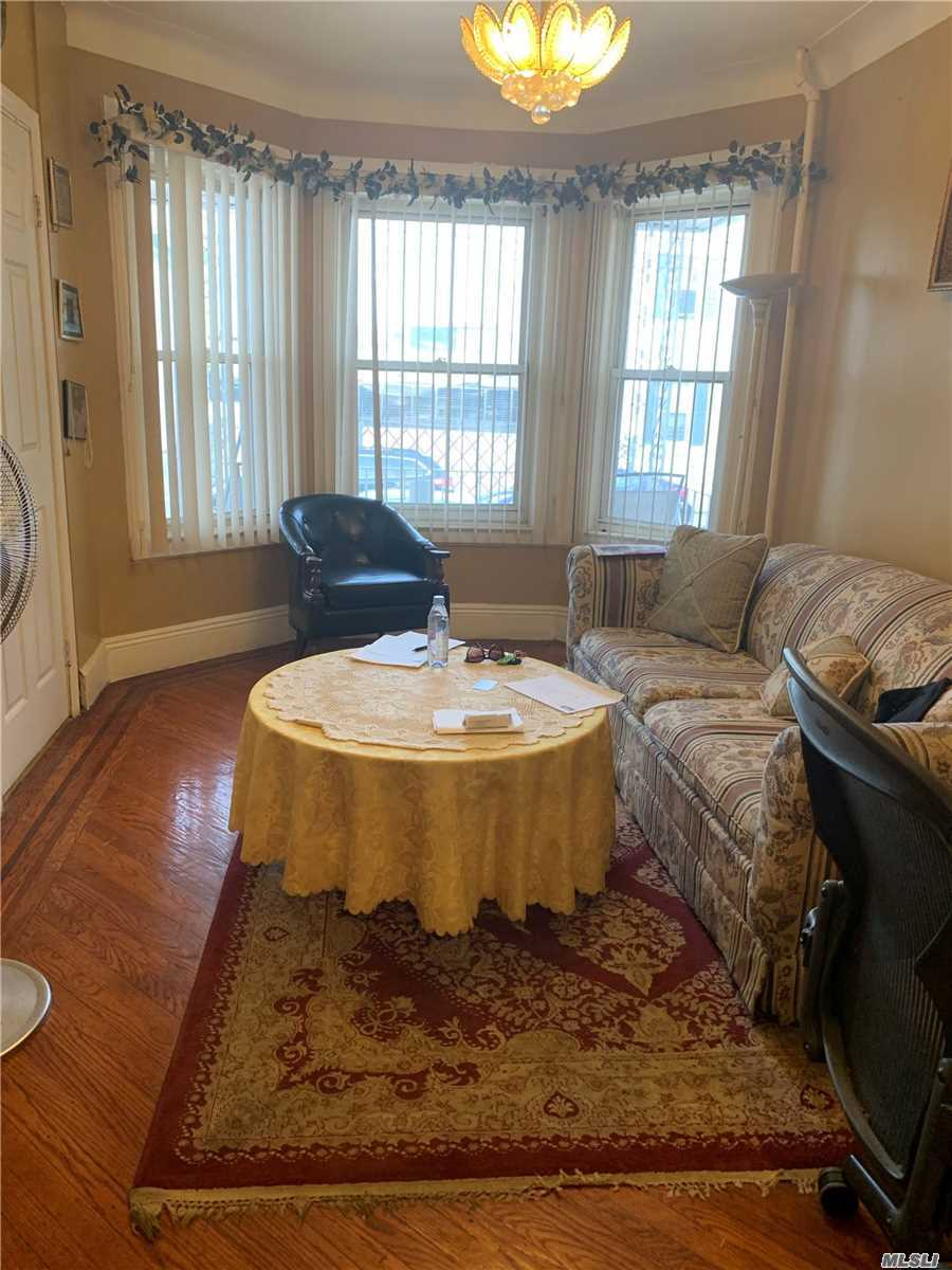 Residential For Sale in 95-32 132 Street, Richmond Hill, NY ,11418