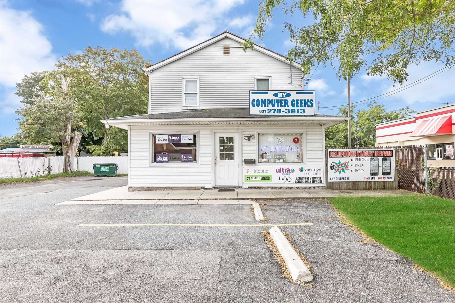 Commercial for sale in 136 Suffolk Ave, Central Islip, NY ,11722