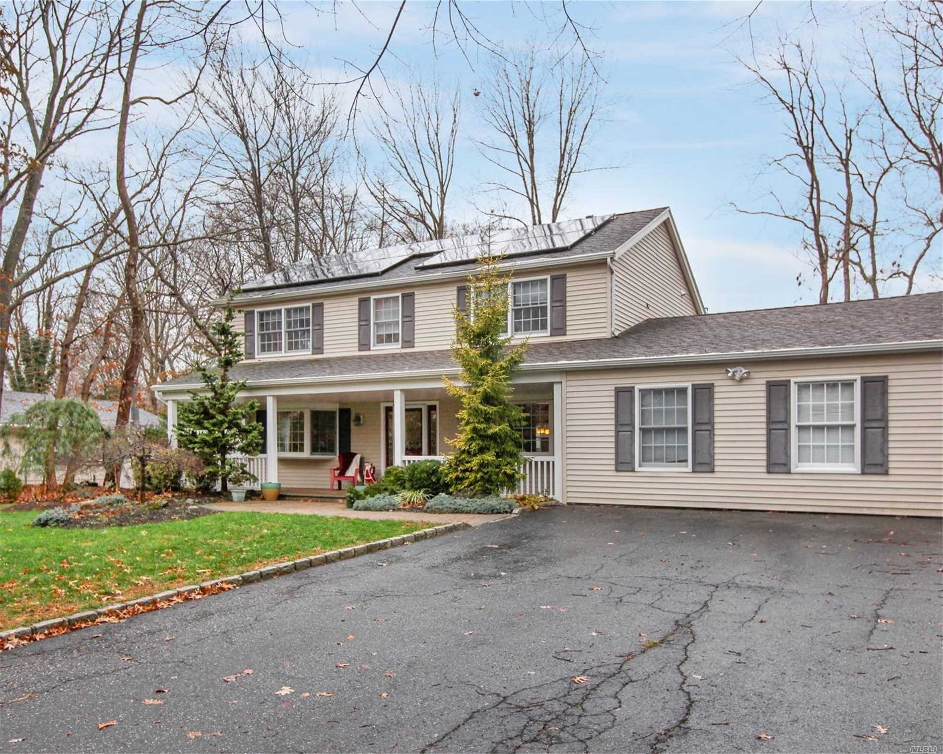 Residential For Sale in 6 Spencer Ln, Stony Brook, NY ,11790