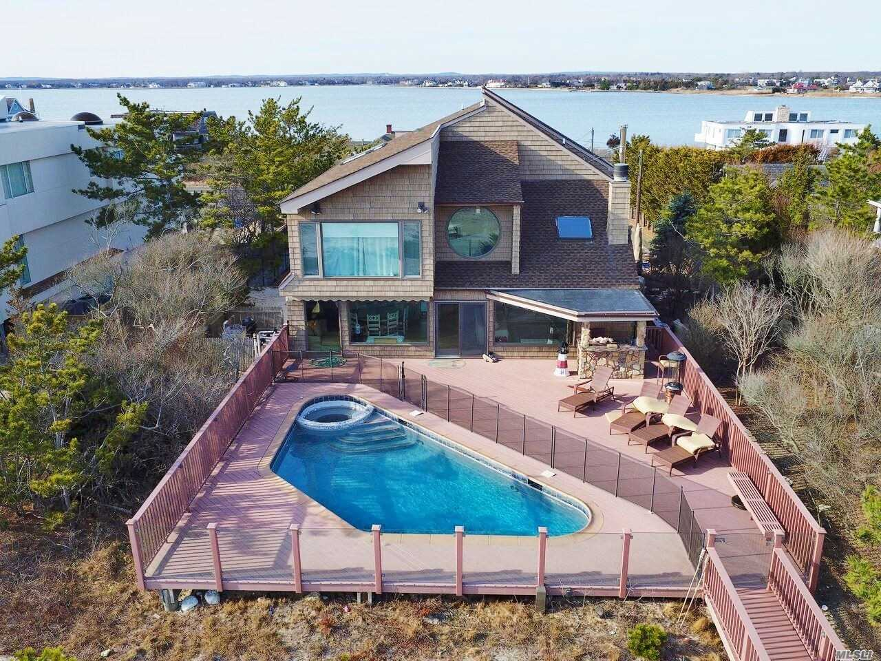 Residential For Sale in 313 Dune Rd, Westhampton Bch, NY ,11978