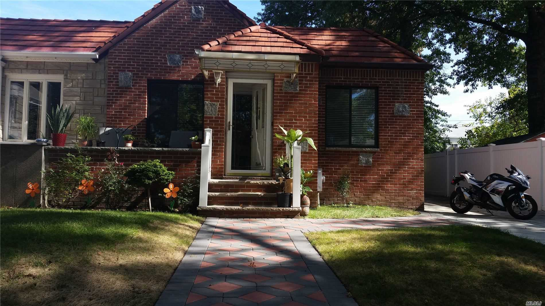 Residential For Sale in 50-43 Francis Lewis Blvd, Bayside, NY ,11364