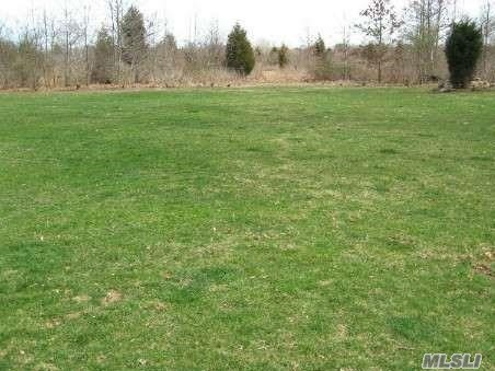 Land for sale in 325 Griffing Street, Cutchogue, NY ,11935