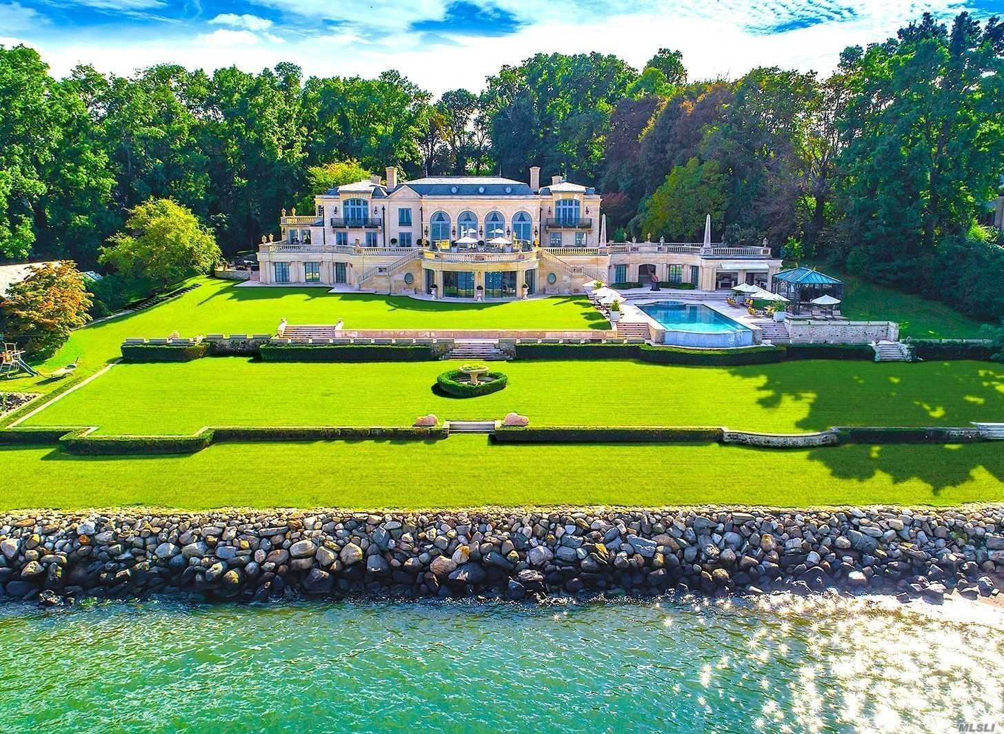 Residential For Sale in 10A Dock Lane, Great Neck, NY ,11024