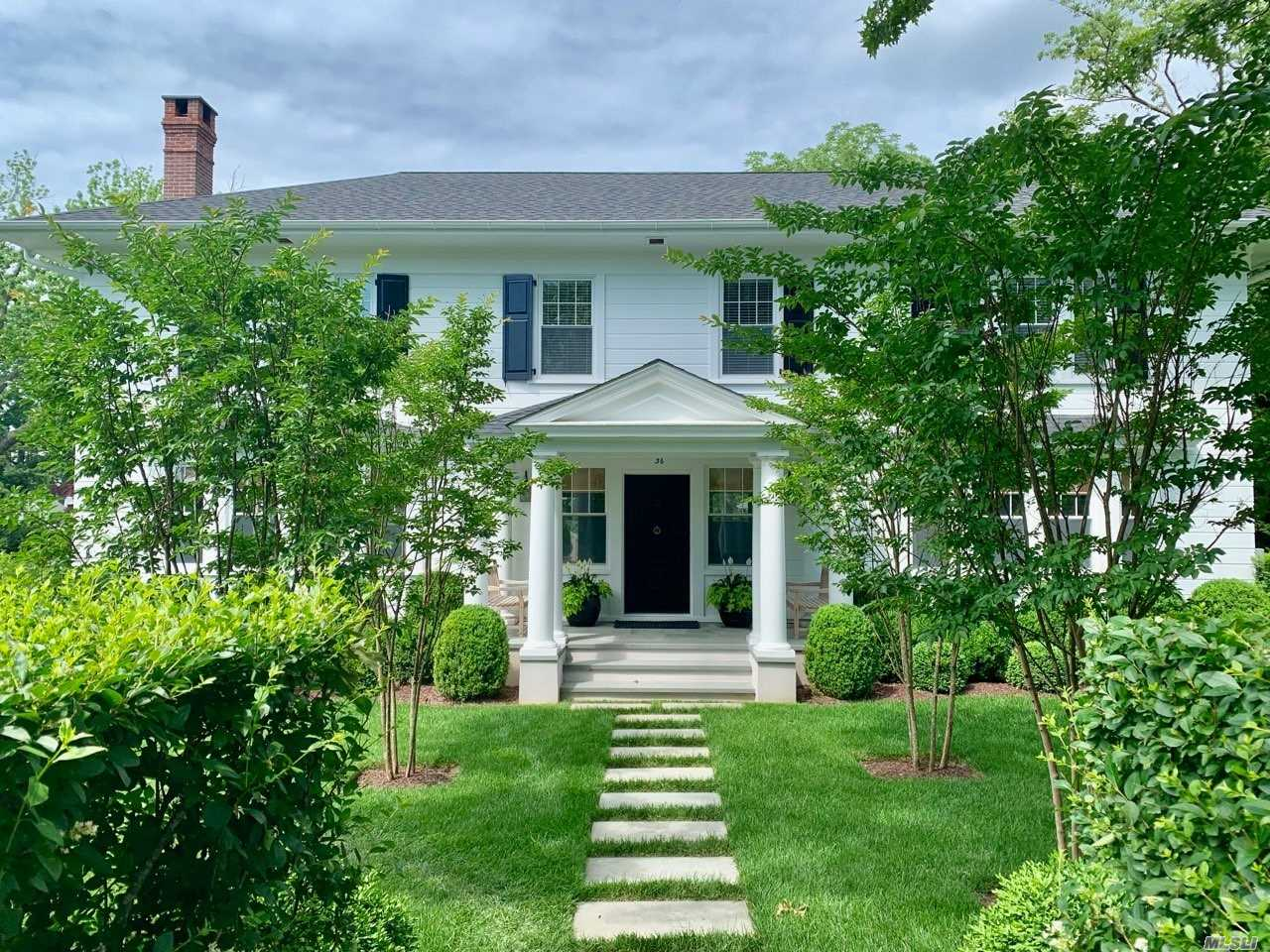 Residential For Sale in 36 Browns Ln, Bellport Village, NY ,11713