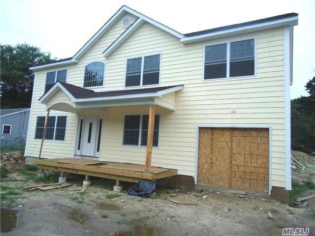 Residential For Sale in 1127 Ferndale Boulevard, Central Islip, NY ,11722