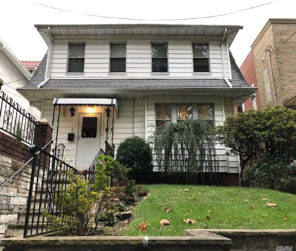 Residential For Sale in 85-24 165 St, Jamaica Hills, NY ,11432