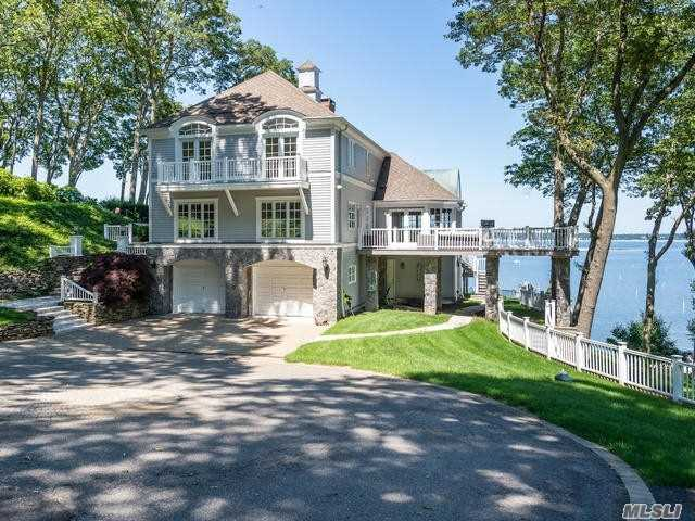 Residential For Sale in 14 Lloyd Haven Dr, Lloyd Harbor, NY ,11743