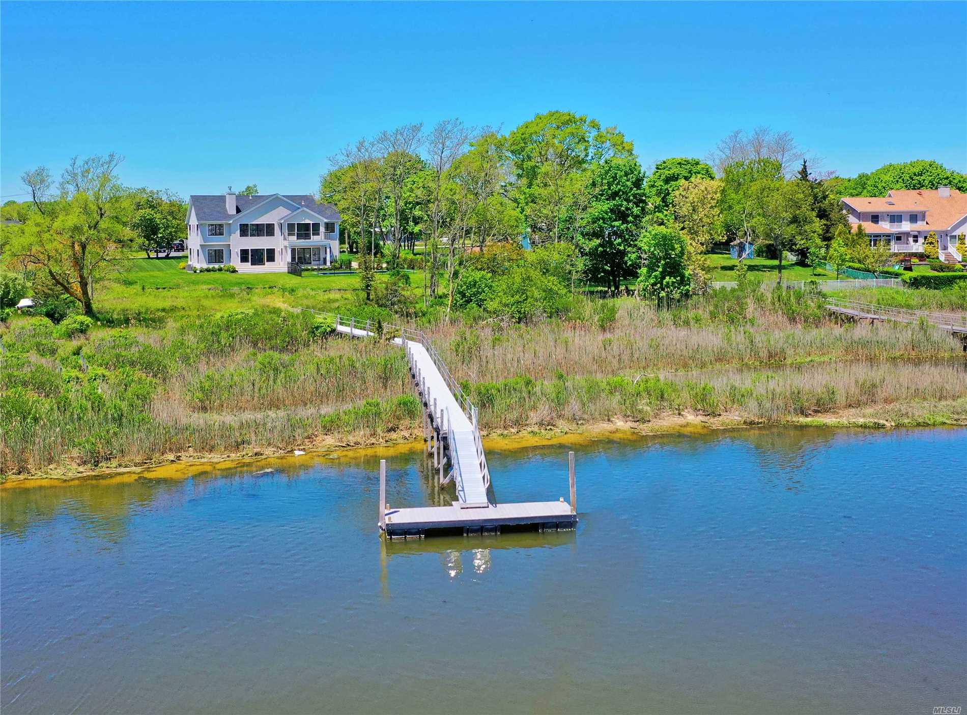 Residential For Sale in 44 Bay S Ave, Eastport, NY ,11941