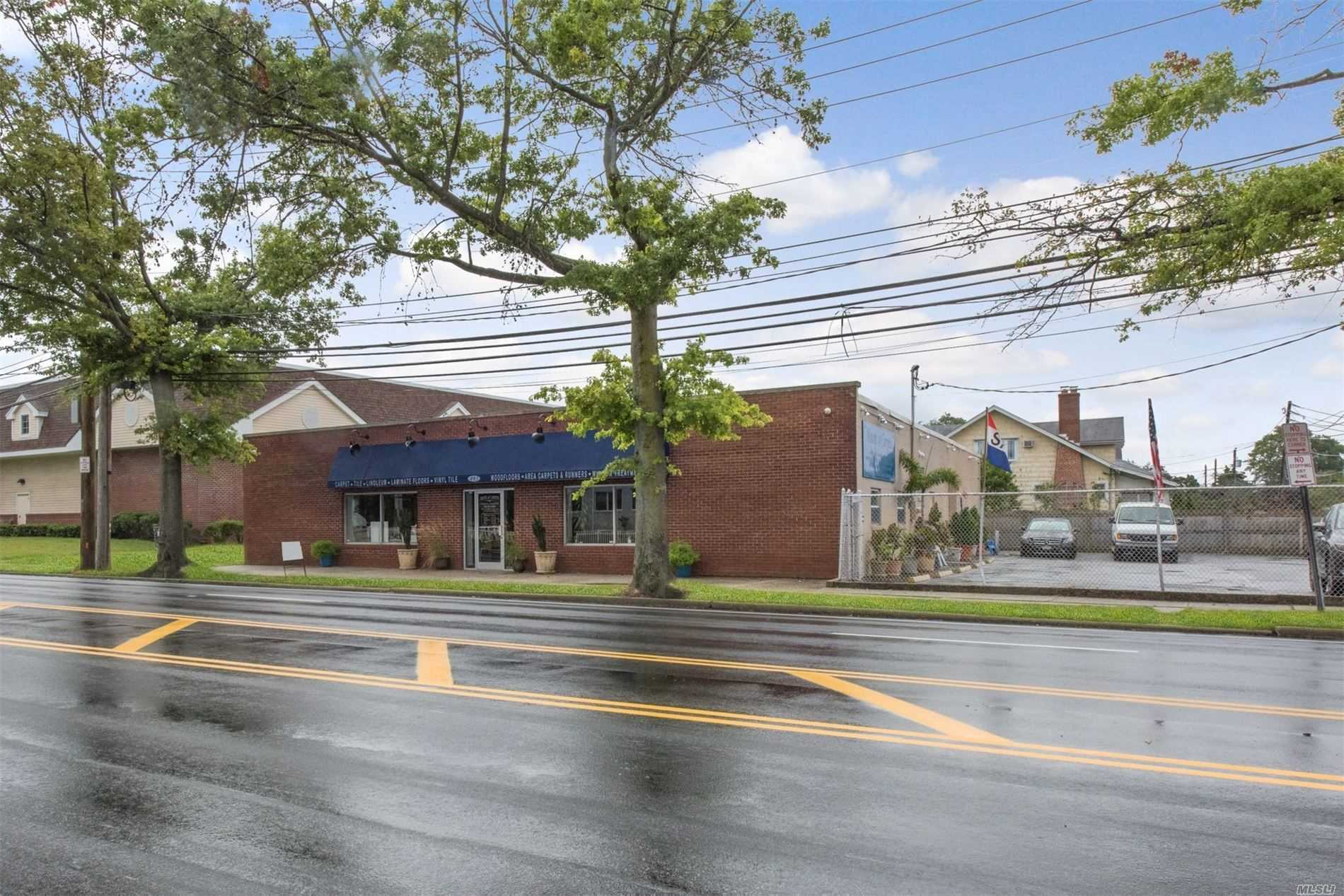 Commercial for sale in 493 Atlantic Ave, Oceanside, NY ,11572