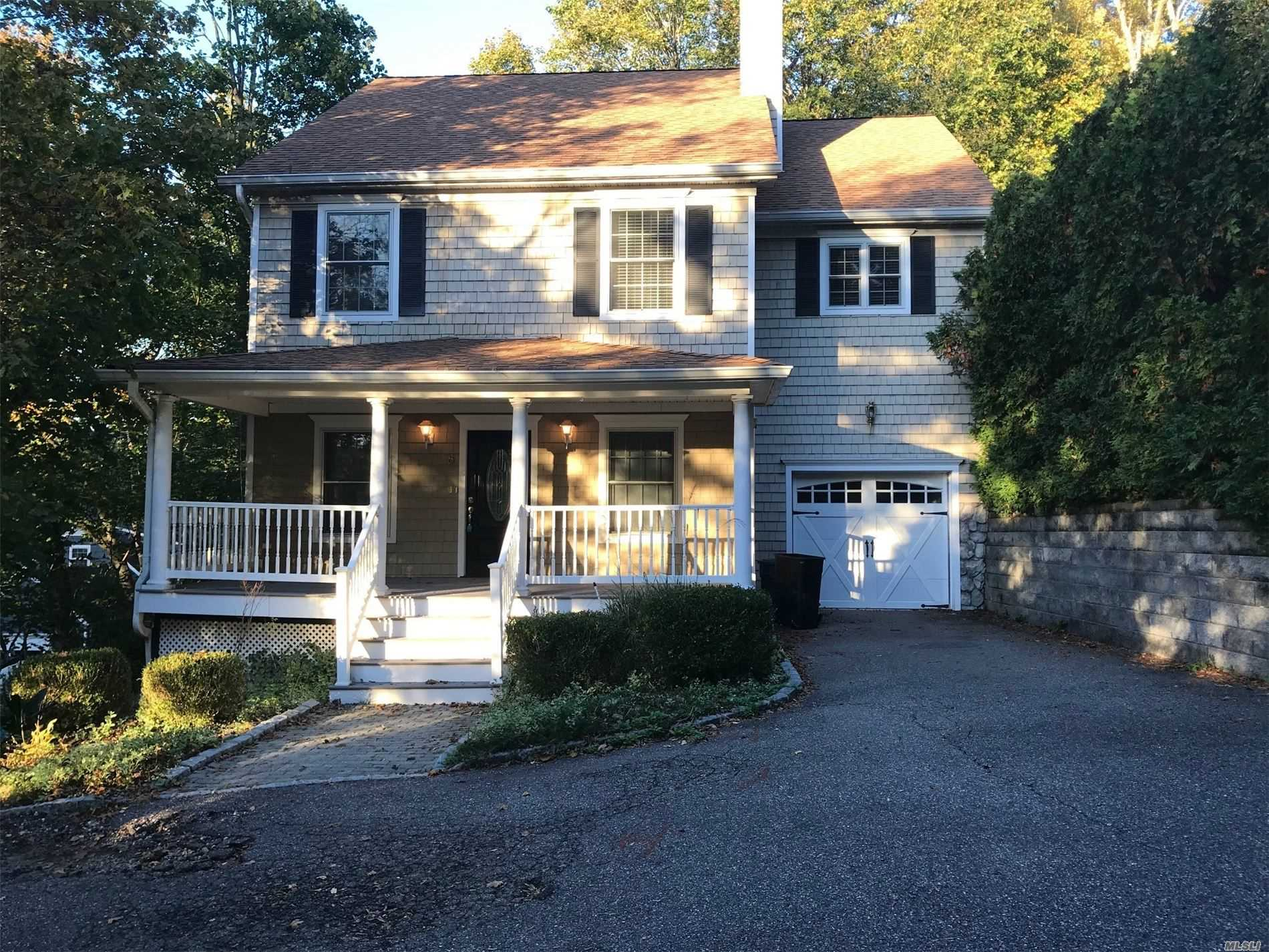 Residential For Rent in 8 Goose Hill Rd, Cold Spring Hrbr, NY ,11724