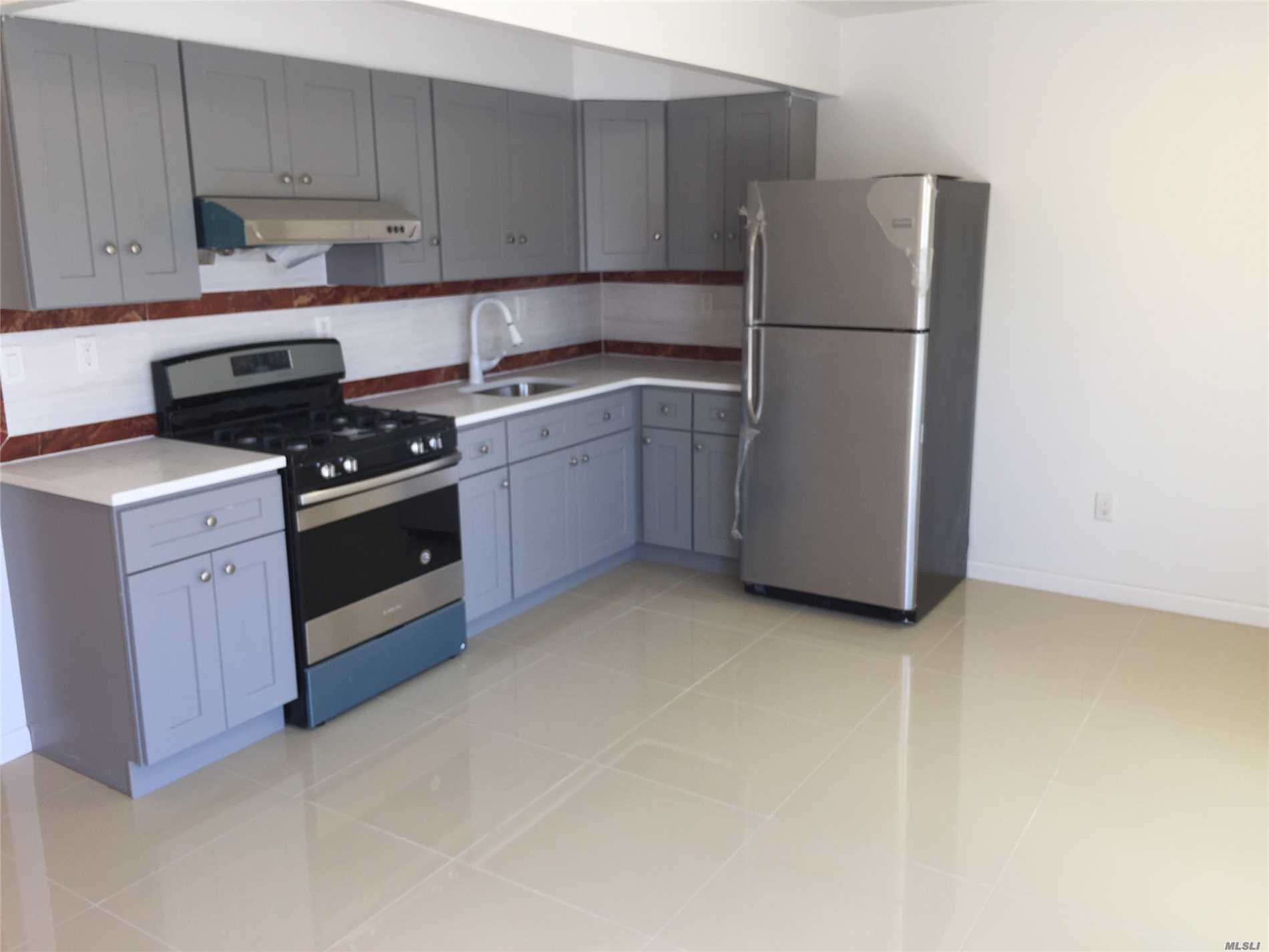 Residential For Rent in 50-08 39 St, Long Island City, NY ,11106