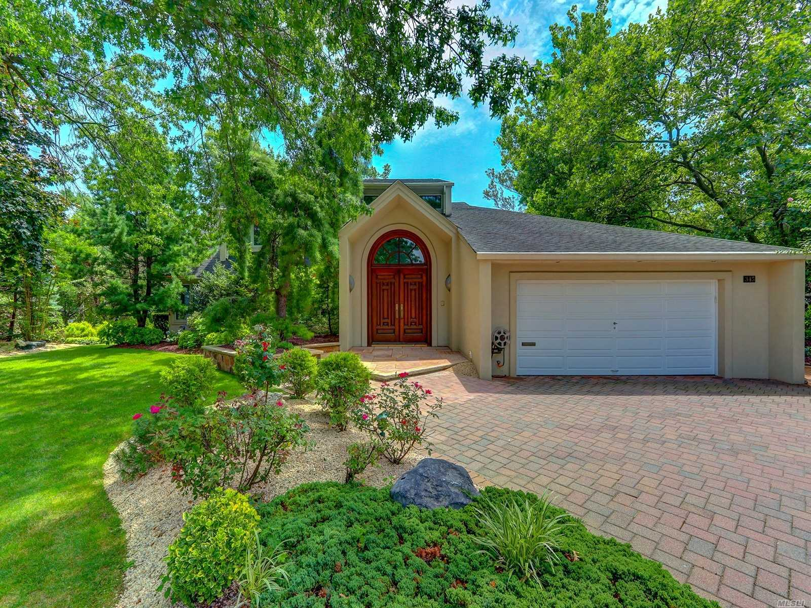 Residential For Sale in 345 Heather Ln, Hewlett Harbor, NY ,11557
