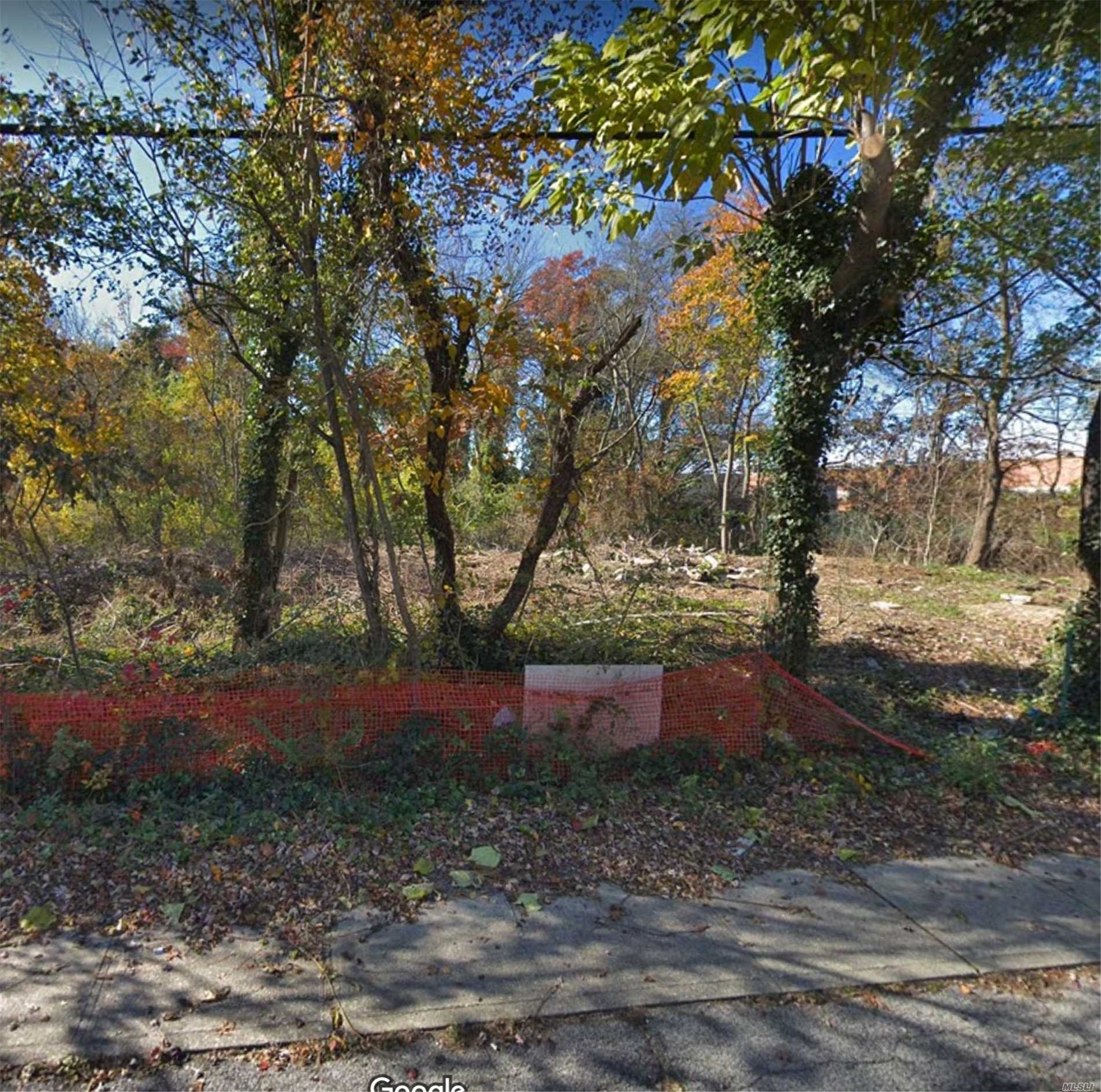 Land for sale in 13 Jay St, W. Babylon, NY ,11704