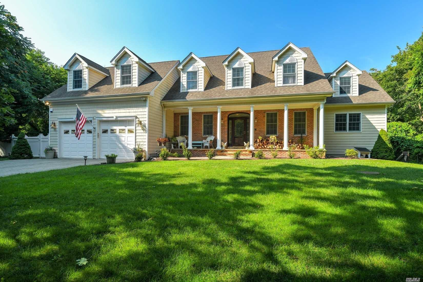 Residential For Sale in 55 Belleview Ave, Center Moriches, NY ,11934