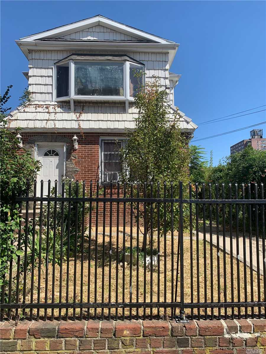 Residential For Sale in 87-35 162nd St, Jamaica Hills, NY ,11432