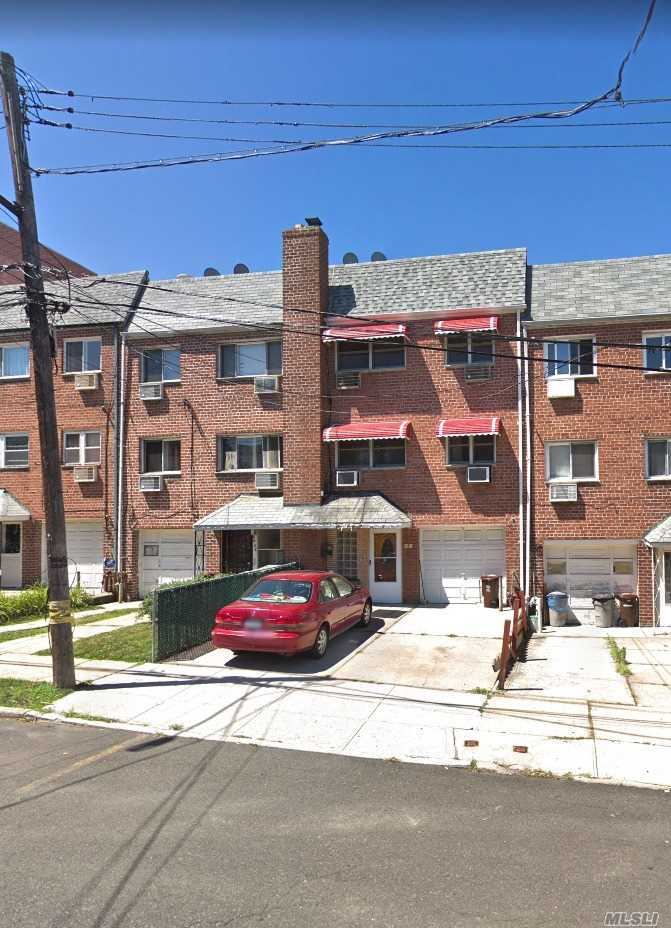 Residential For Sale in 80-30 138th St, Briarwood, NY ,11435